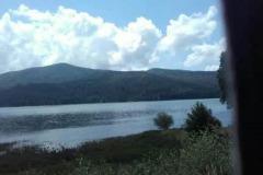 Il-cielo-si-specchia-nelle-acque-del-Lago